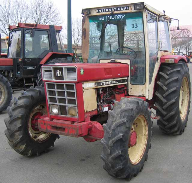 Tracteur agricole case ih 844 4rm 4rm 1975 for Case agricole