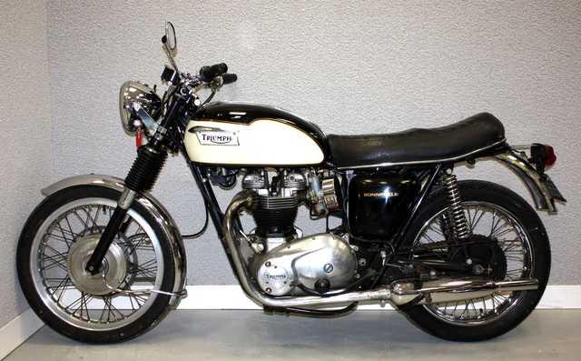 moto triumph bonneville t120 650 cm3 1970. Black Bedroom Furniture Sets. Home Design Ideas