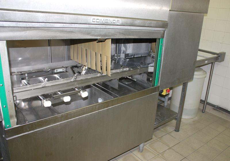 Bien connu tunnel-de-lavage-ou-lave-vaisselle-industriel-de-marque-comenda  UA97