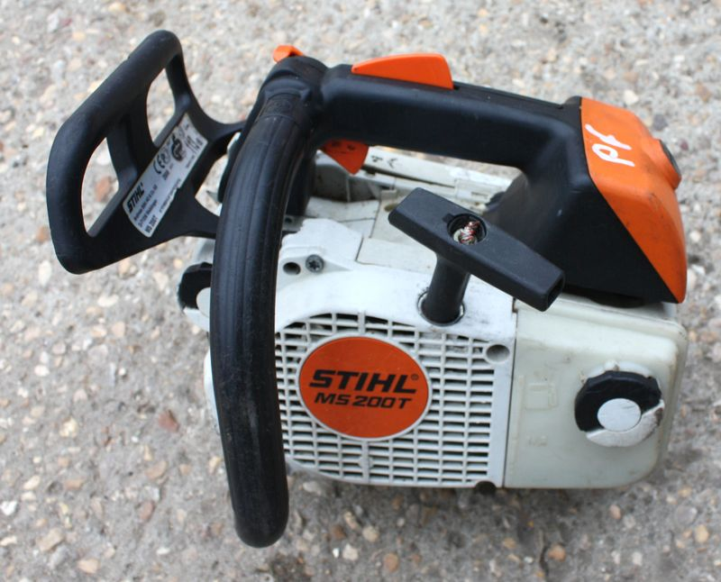 tronconneuse stihl ms200t elagage. Black Bedroom Furniture Sets. Home Design Ideas