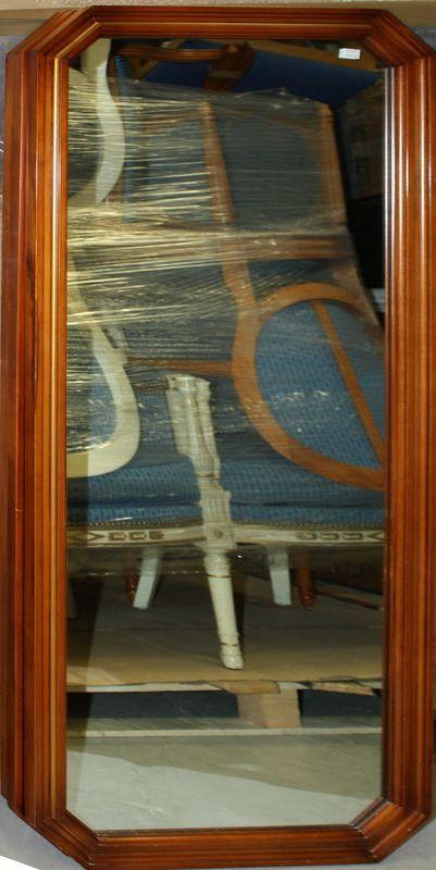 Miroir de forme rectangulaire a pans coupes en bois for Miroir 3 pans
