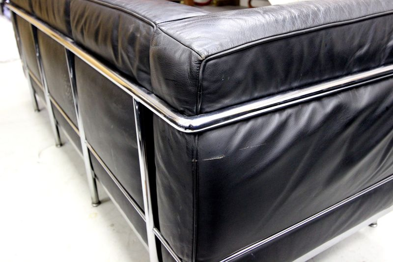 Charlesedouardlecorbusierpierrejeanneretet - Canape cuir le corbusier