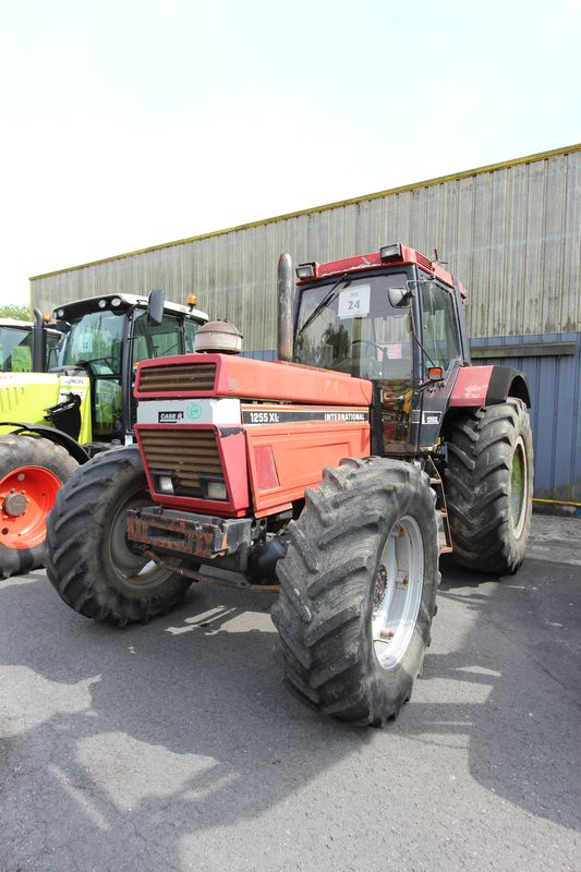 Tracteur agricole case ih 1255 axl 4x4 1992 for Case agricole