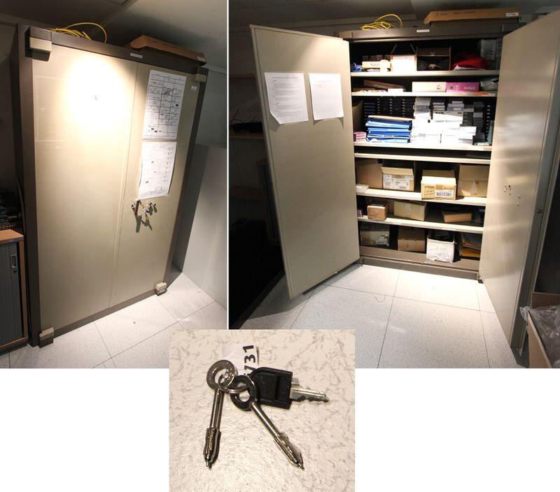 armoire forte de marque fichet bauche a clef et. Black Bedroom Furniture Sets. Home Design Ideas
