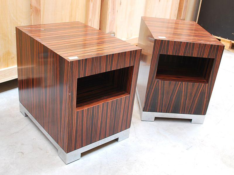 2 meubles cubiques en placage debene de macassar pietement en metal chrome style art deco hauteur 6. Black Bedroom Furniture Sets. Home Design Ideas