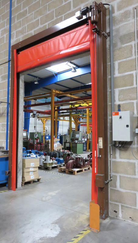 Porte rideau datelier electrique et coupe feu de couleur for Rideau electrique garage