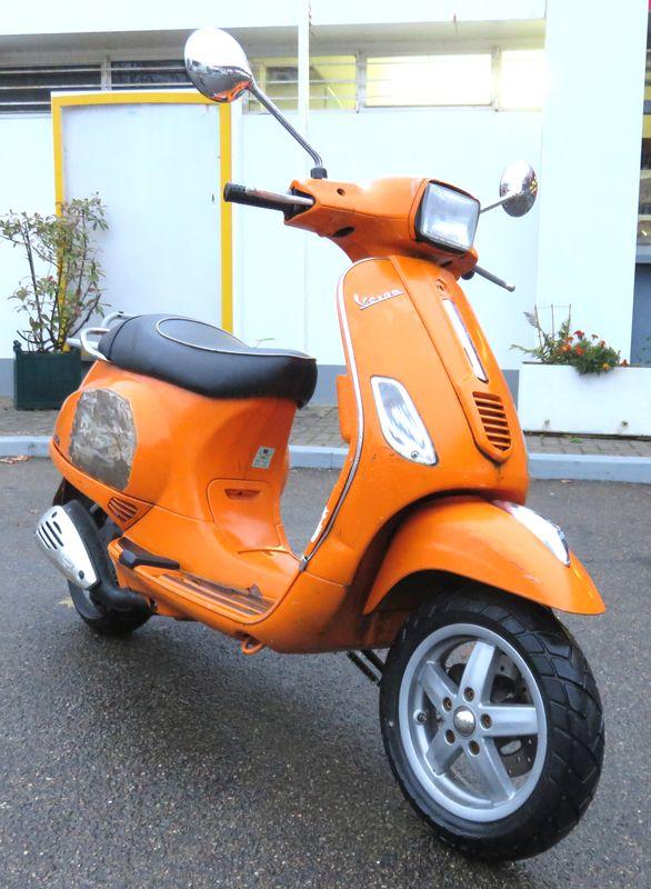 scooter piaggio vespa lx50 sport 50 cm3 2010. Black Bedroom Furniture Sets. Home Design Ideas