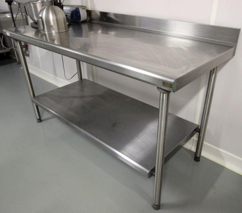 Table de preparation a deux plateaux en inox de marque - Table inox metro ...