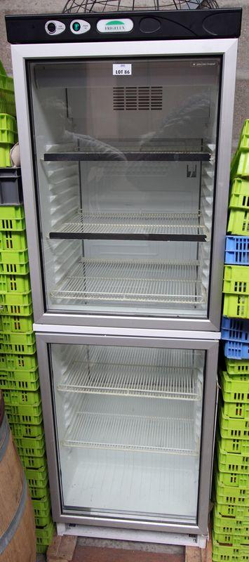 Vitrine refrigeree a boisson de marque frigelux double porte hauteur 175 larg - Largeur double porte ...
