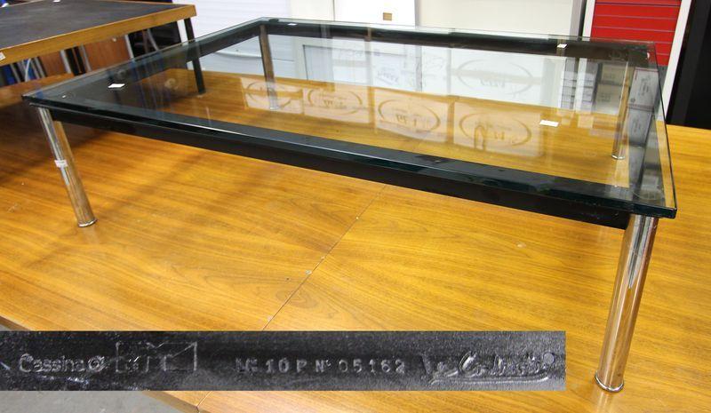 1 Table Basse Rectangulaire Edition Cassina Design Le Corbusier Model Lc10p Numero De Serie 05162 P