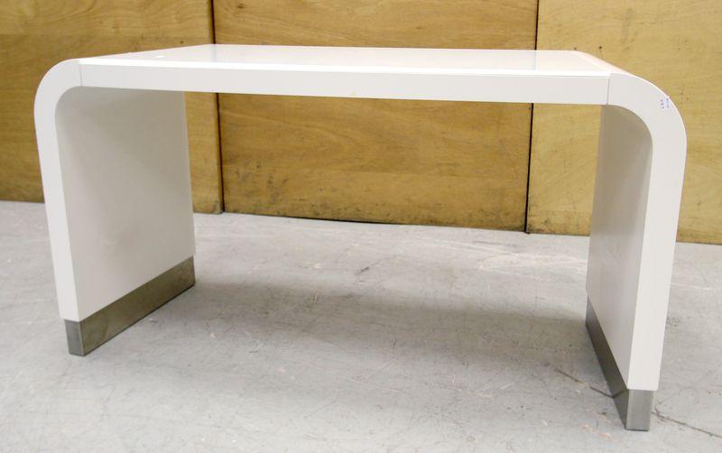 Console En Bois Laque Blanc Pietement Inox Forme
