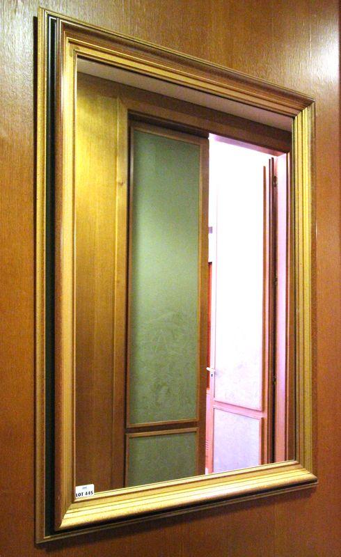 Miroir A Encadrement Moulure En Bois Et Resine Laque Or Et