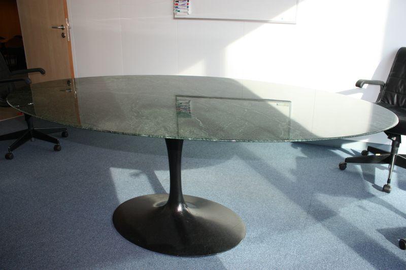 Table Saarinen Knoll Ovale. Latest Table Knoll Saarinen Arabescato ...