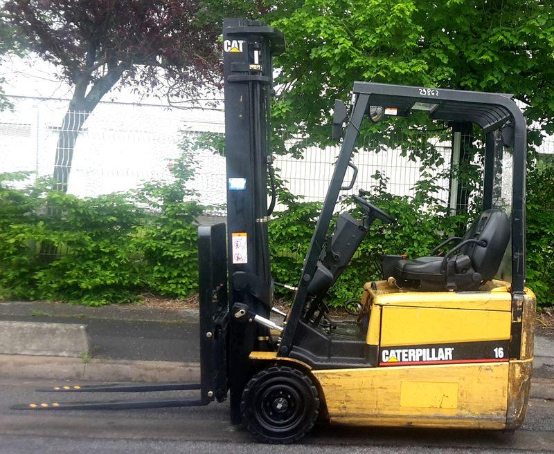 chariot elevateur caterpillar ep16kt 1600 kg. Black Bedroom Furniture Sets. Home Design Ideas
