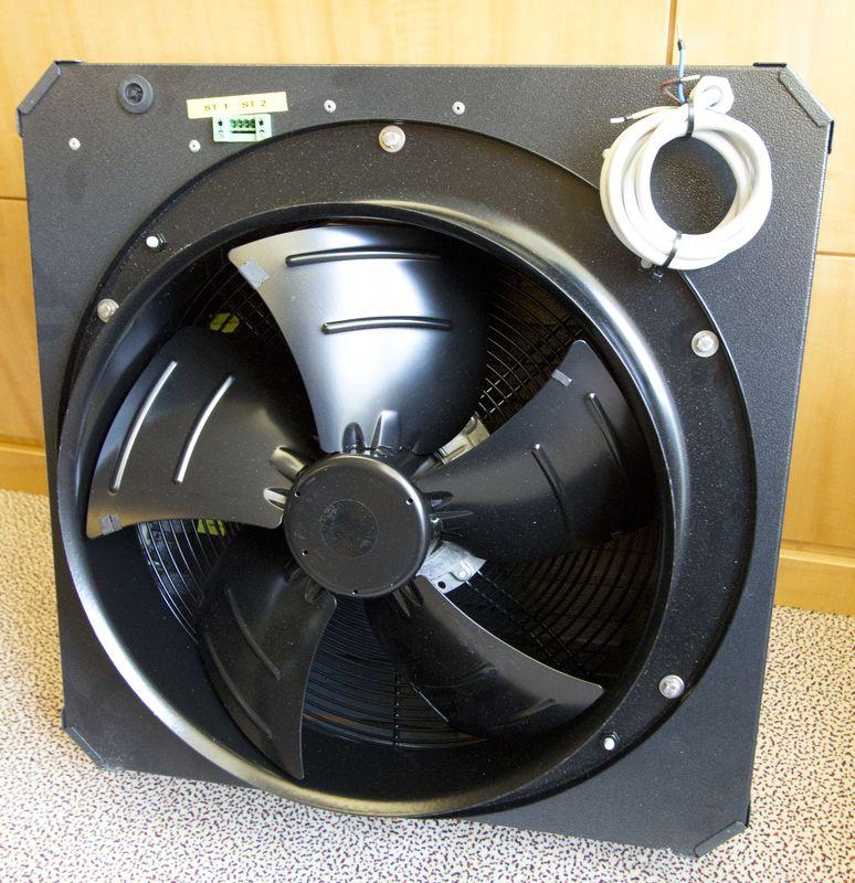 ventilateur pour salle de serveur de marque uniflaire modele afm4500b annee 2007 neuf dans son emba. Black Bedroom Furniture Sets. Home Design Ideas