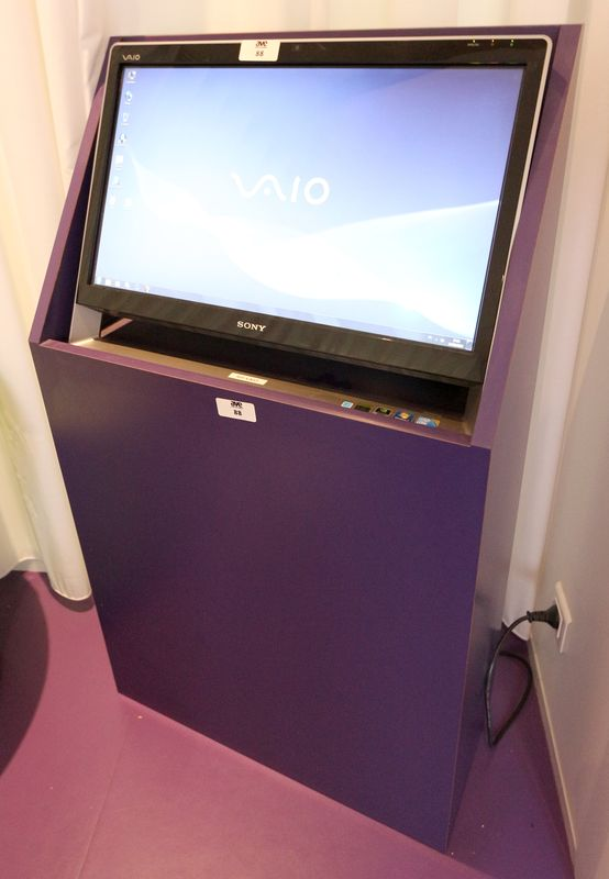 ordinateur all in one de marque sony modele vaio pcv. Black Bedroom Furniture Sets. Home Design Ideas