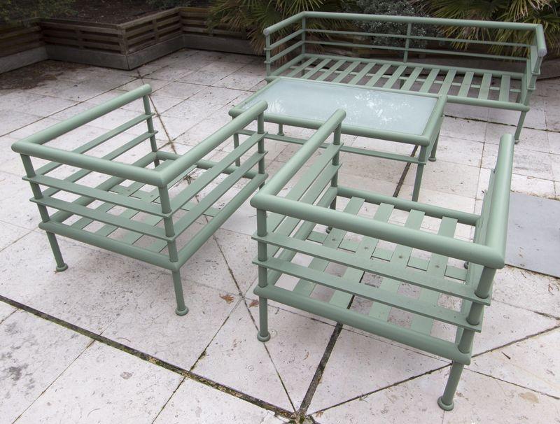 Mobilier de salon de jardin de marque hugonet paris modele malibu structure en profile aluminium la for Marque mobilier de jardin
