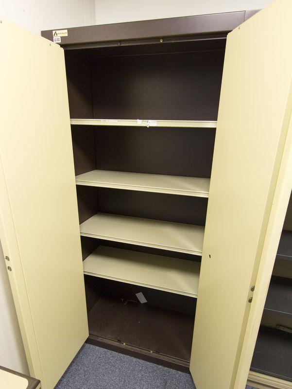 armoire forte de marque acial securite beige et marron fermeture a cle et code ouvrant par 2 portes. Black Bedroom Furniture Sets. Home Design Ideas