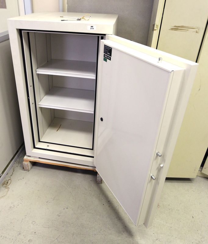 coffre fort ignifuge 2 heures de marque hadak security modele 815 vendu sur palette et avec 2 cles. Black Bedroom Furniture Sets. Home Design Ideas