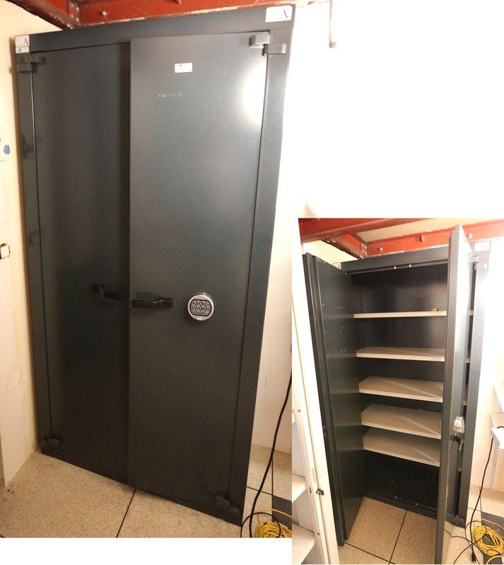 armoire forte de marque acial fermeture a combinaison. Black Bedroom Furniture Sets. Home Design Ideas