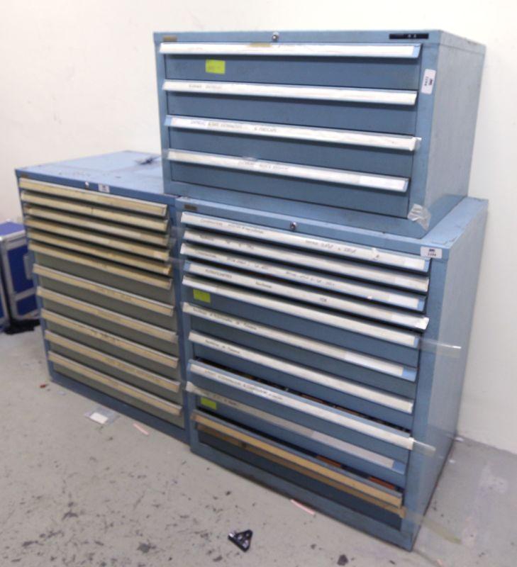 3 meubles de marque tiro clas ouvrant par 4 11 et 11 tiroirs compartimentes