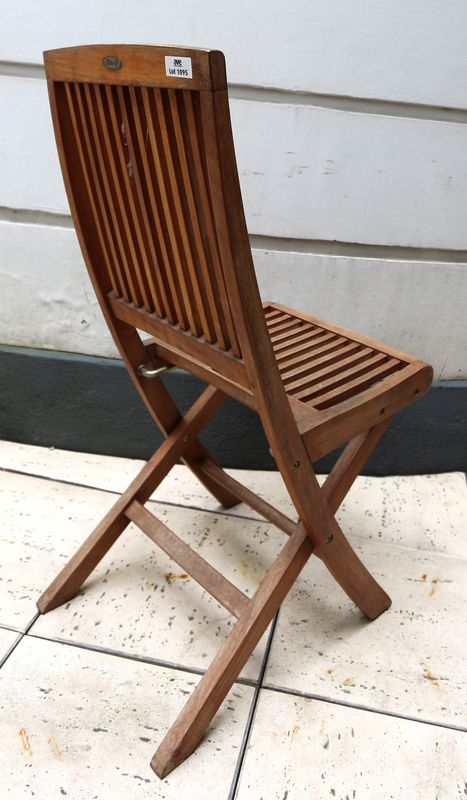 lot-1095-3-unites-chaise-de-jardin-en-teck-pliante-de-marque ...