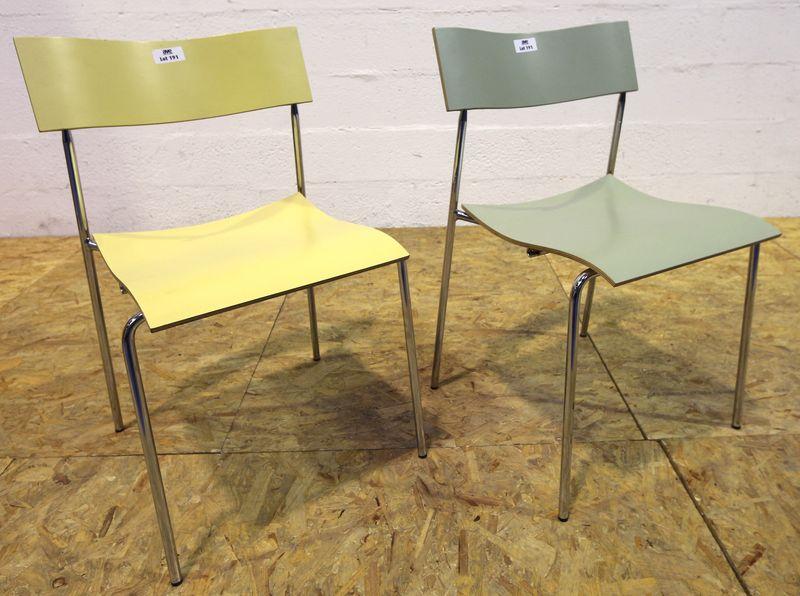 johannes foersom peter hiort lorenzen 2 chaises modele campus structure en acier chrome a quatre pi. Black Bedroom Furniture Sets. Home Design Ideas