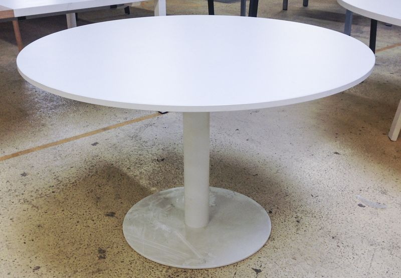 Table ronde de reunion pietement metallique laque blanc - Dimension table ronde ...