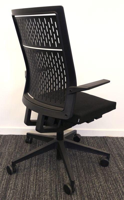 justus-kolberg-fauteuil-de-bureau-modele-b-run-pietement ...