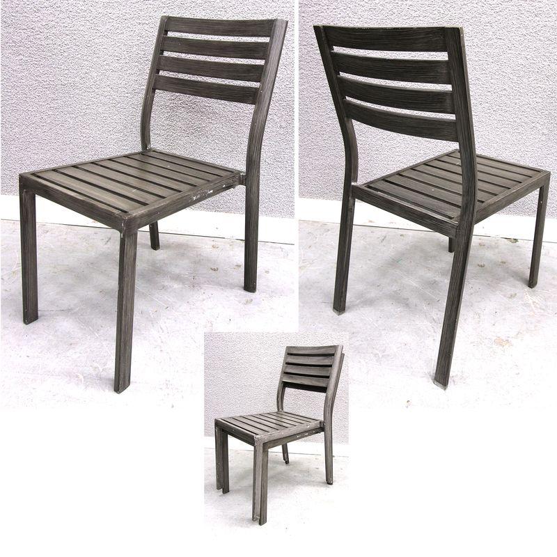 Lot 45 25 unites chaises en metal laque facon teck for Chaise facon eames